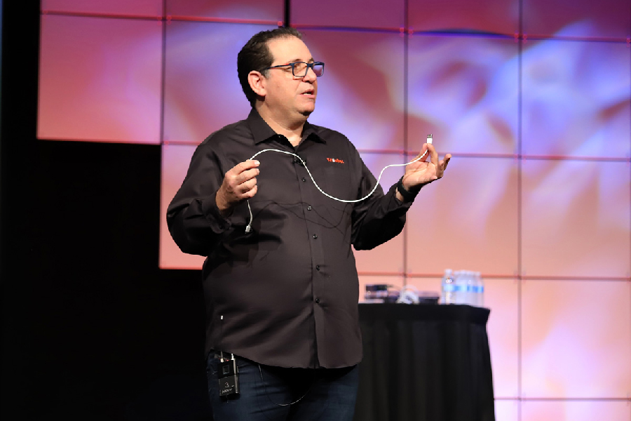 Kevin-Mitnick-pioneered-modern-cybersecurity