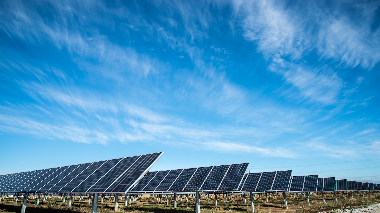 Solar panels - tech advancements that are changing the world