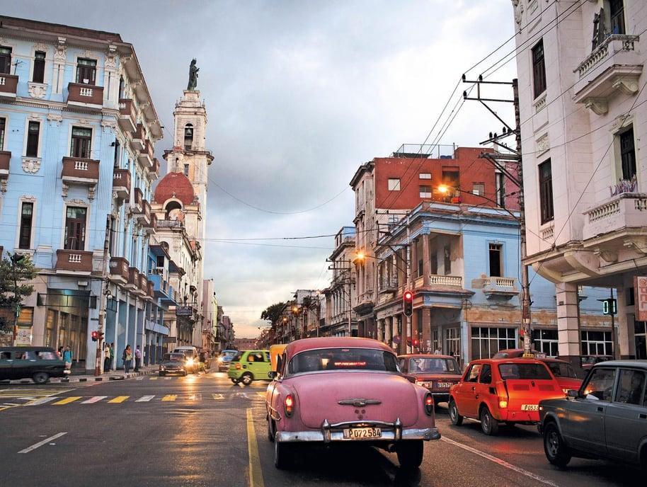 karman-FASHION-CUBA