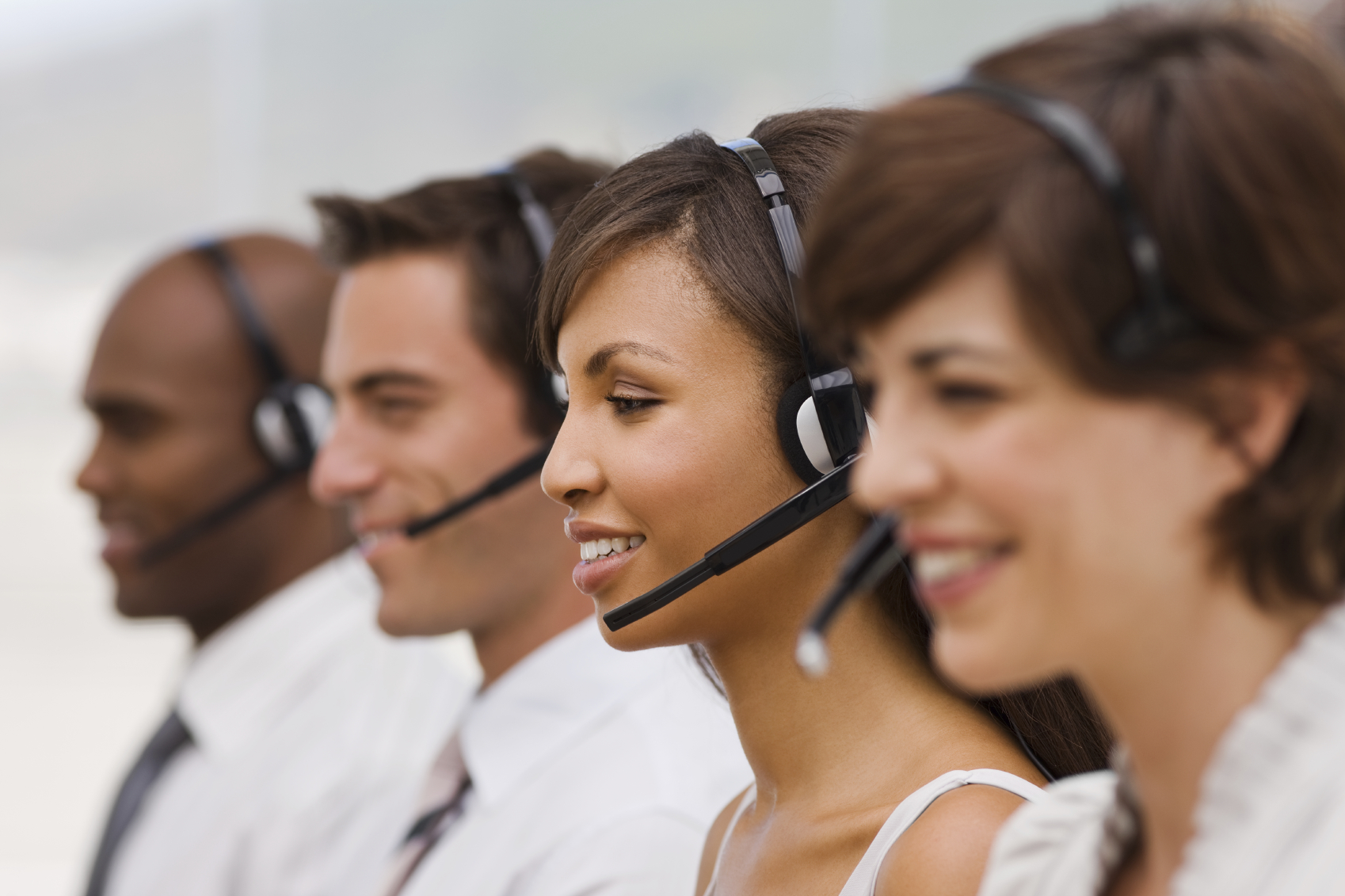 call-center-agents2.jpg