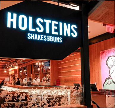 10 Can't-Miss Vegas Restaurants To Check Out During CES