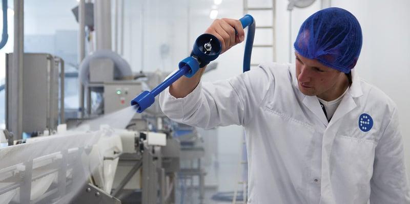 Visscher Seafood: efficiënt en snel reinigen met een installatie op maat