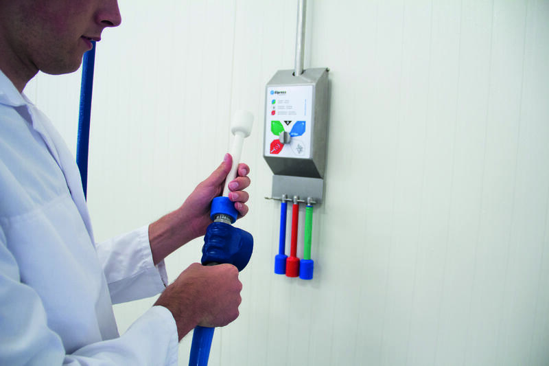 Senior Engineer Paul Rombout from Elpress talks about the new cleaning systems line