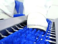 Sole cleaning and hand disinfection