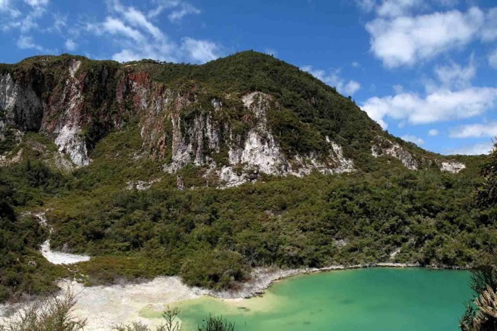 things to do in Rotorua - rainbow mountain