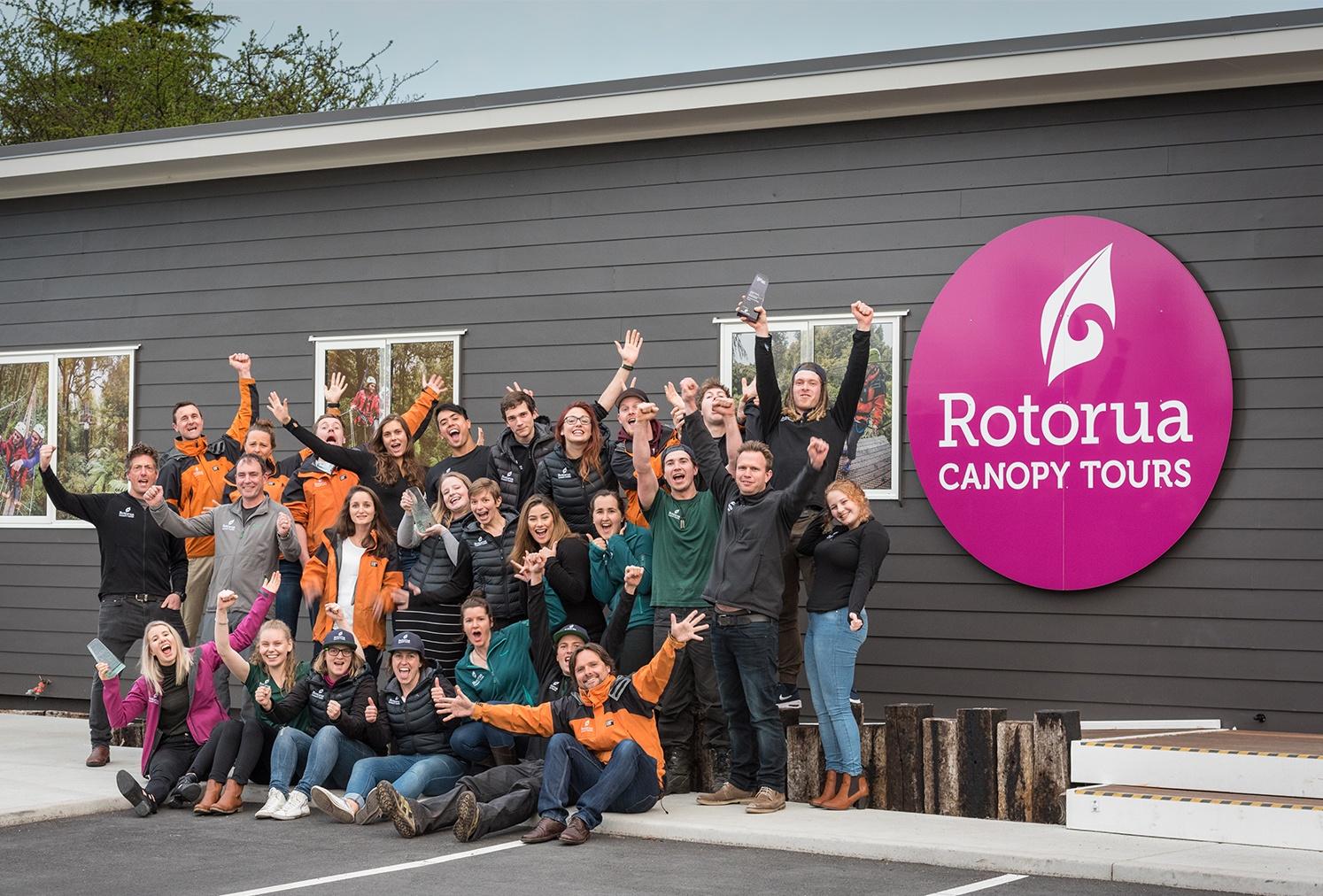 Team-at-Rotorua-canopy-tours