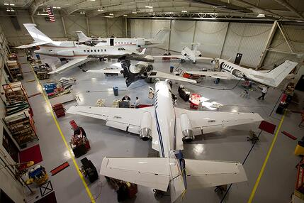 Elliott_Aviation_Jet_Service_Center