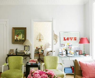 Feng Shui Your Walls For Love With These 3 Easy Tips