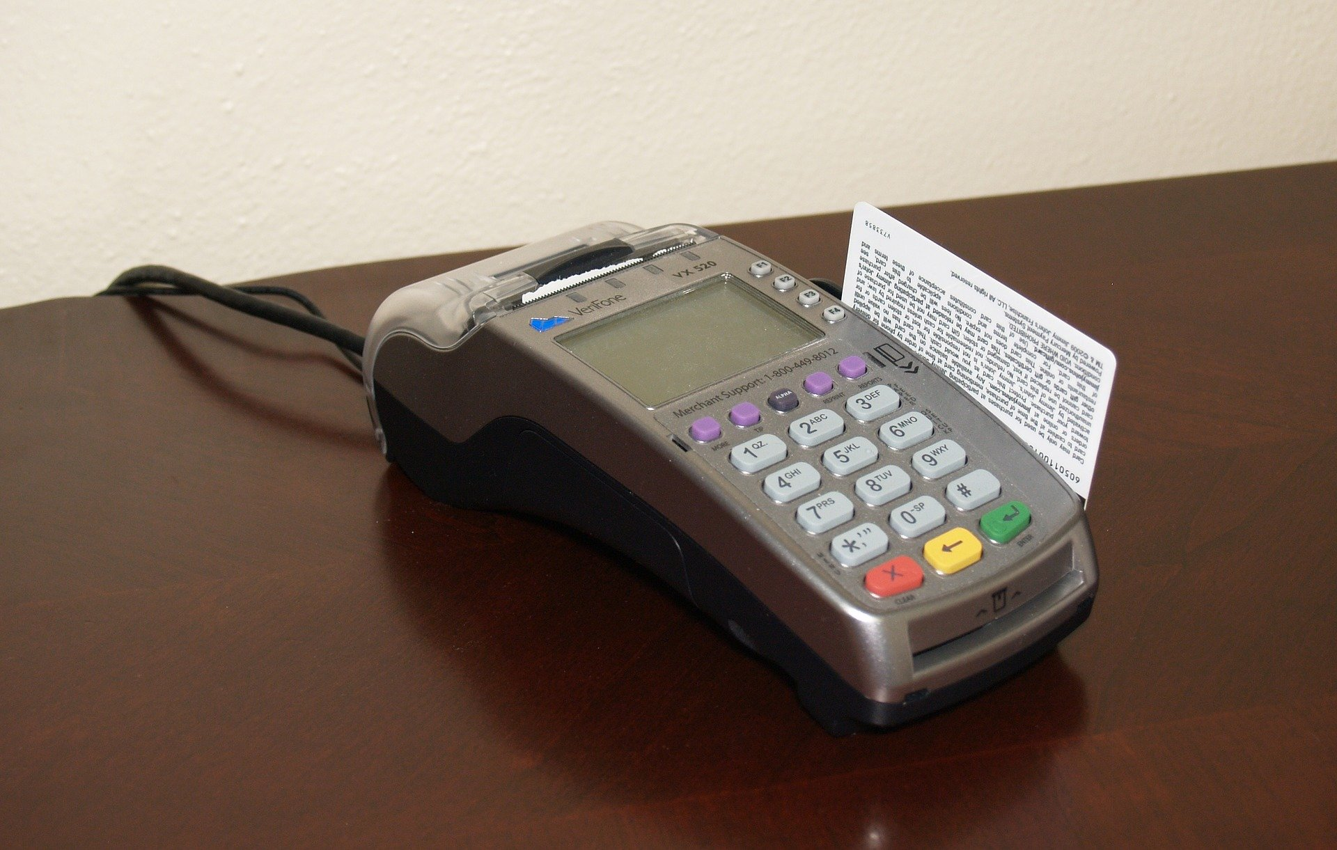 credit-card-machine-1776539_1920.jpg