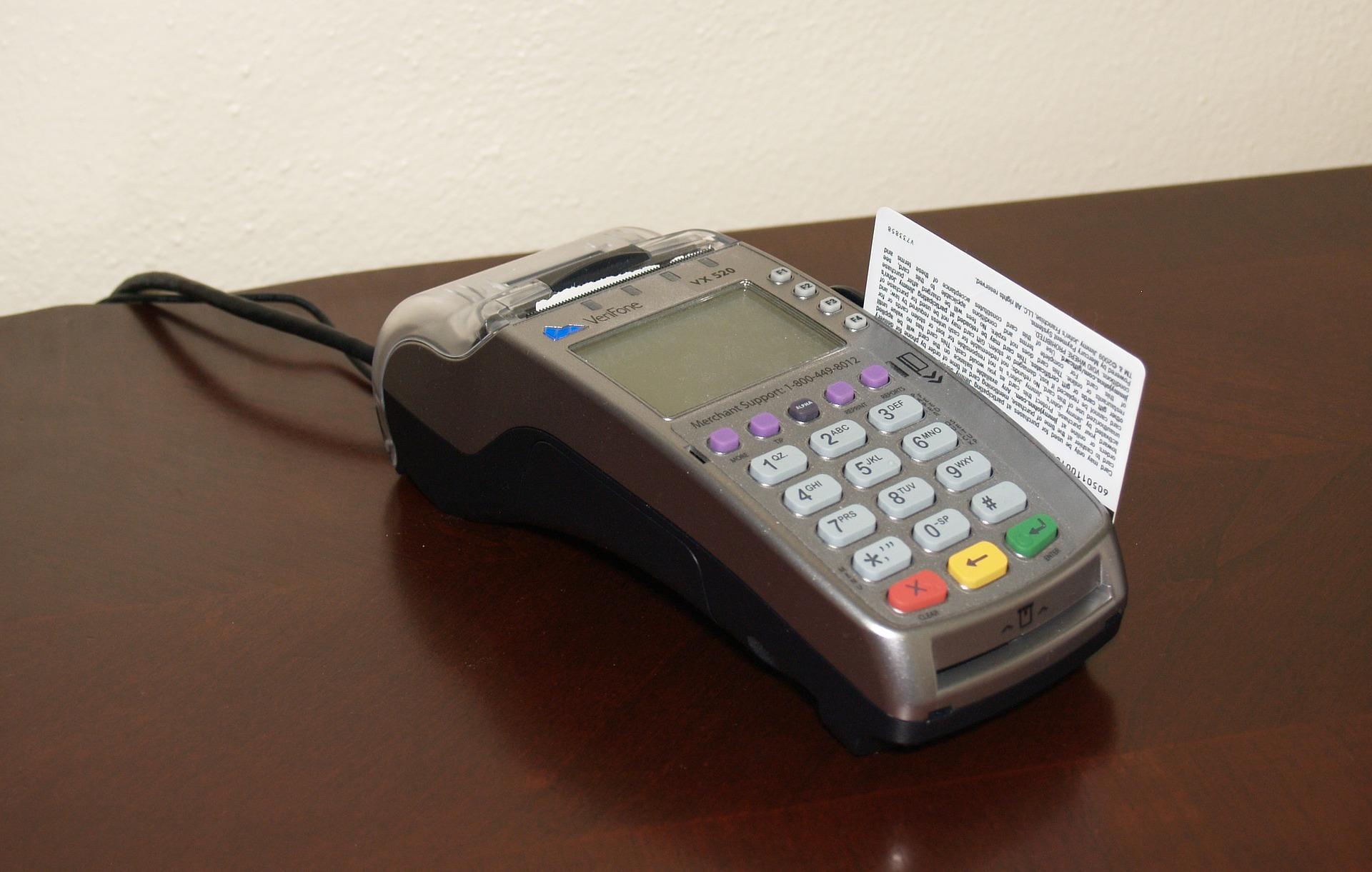credit-card-machine-1776539_1920.jpg
