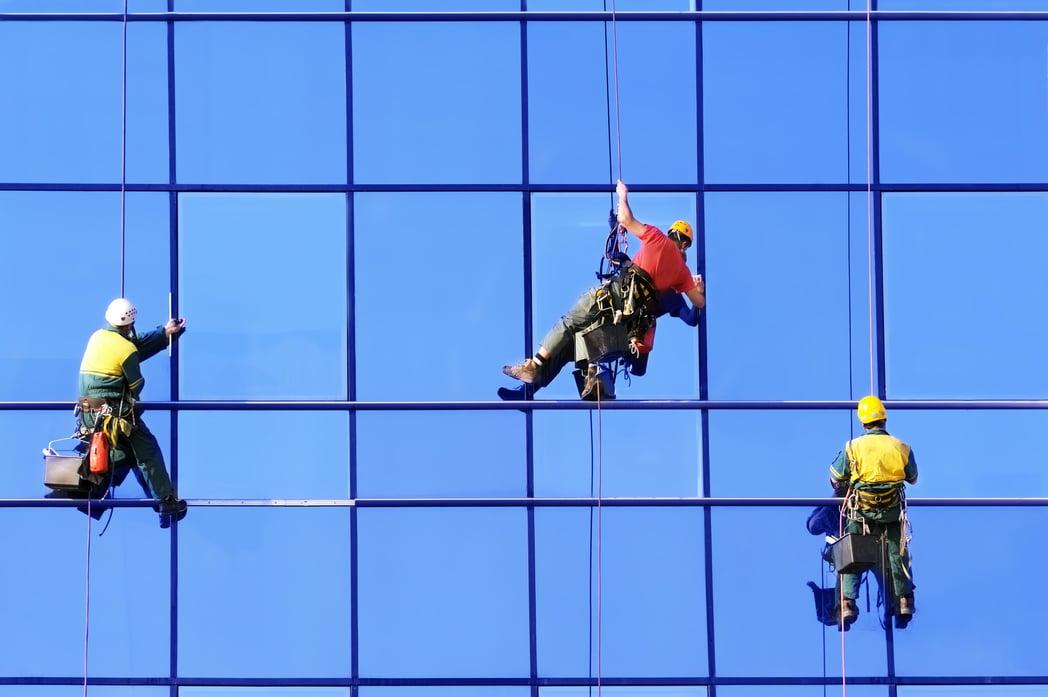 « L'assurance en Droit français des conséquences de la faute inexcusable de l'employeur en matière d'accidents du travail »