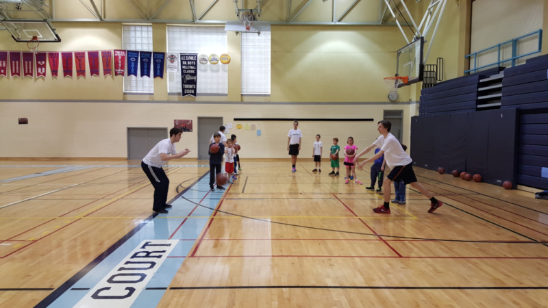 6 Basketball Skills Your Child Will Develop at a Sports Clinic