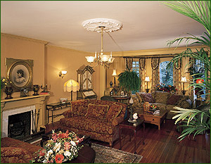 ivy lodge bed and breakfast living room