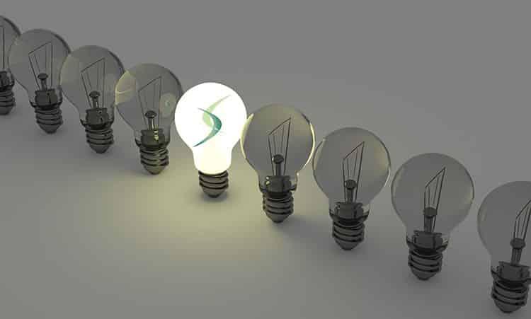 light-bulbs-DAXTRA-750x451-Feature-41