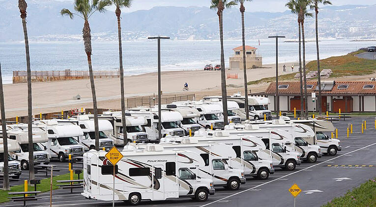 Where Opportunities Arise - Mobile housing and facilities for physical distancing