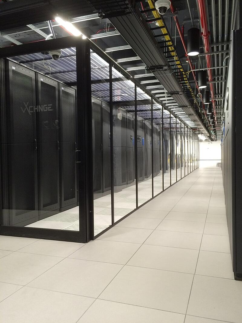 vXchnge_Philly_Data_Hall-1