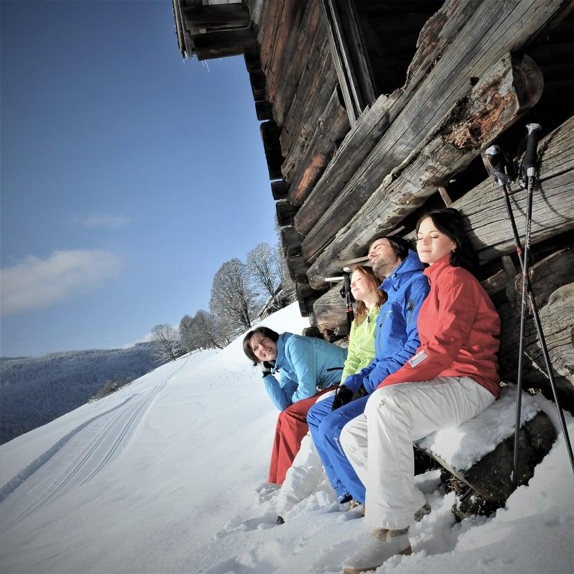 Skihotel Tauernhof Flachau winterhiking tours