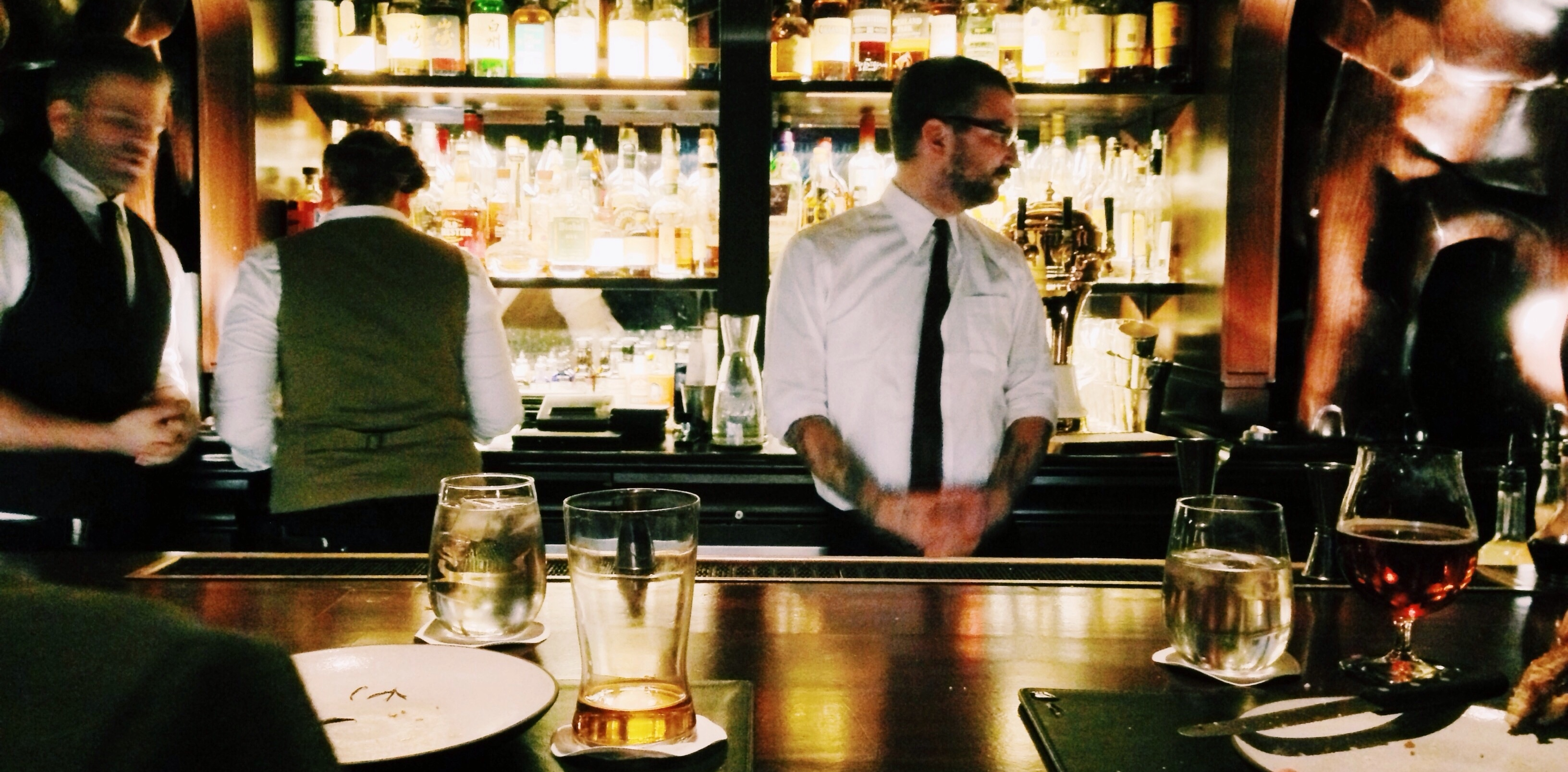 10 Ways To Be A Smart And Successful Bar Manager