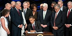 us-president-barack-obama-signs-the-dodd