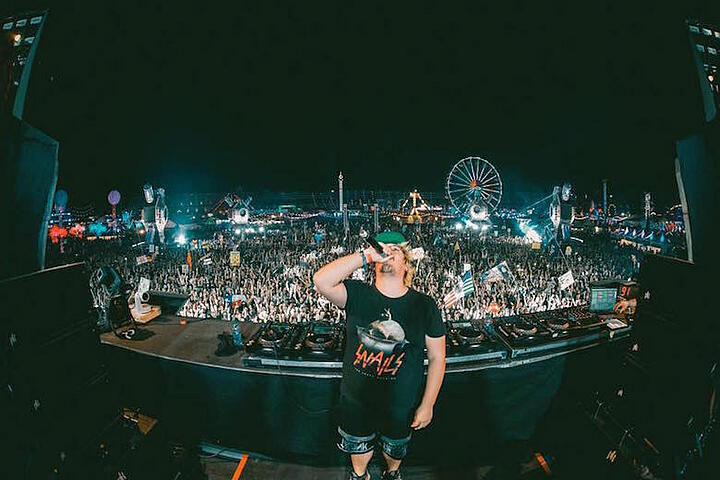 SNAILS PARTNERS UP WITH PROMOJUICE FOR HIS EXCLUSIVE FAN ARMY: