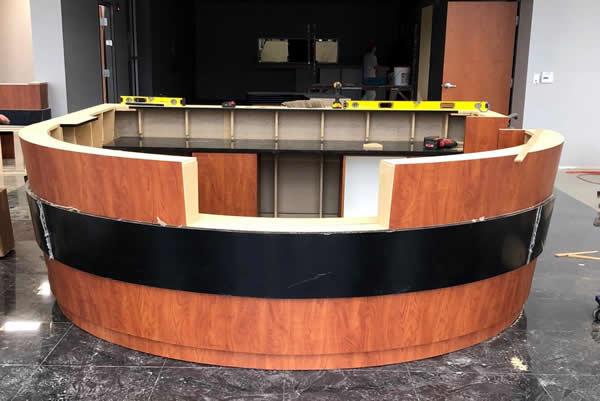 前台创建使用自定义切割工具在瑟姆伍德切割中心
