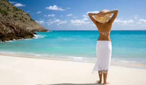 Delta Vacations Single_beach_female