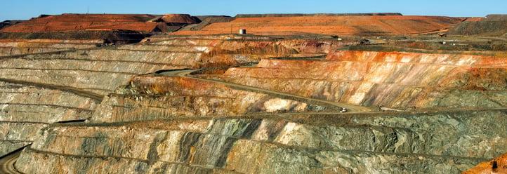 Iron_ore_mine1600x550