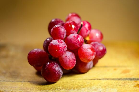 Why grape is your perfect office snack?
