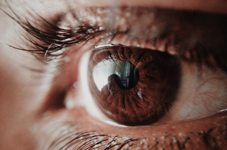 adult-close-up-eye-946727