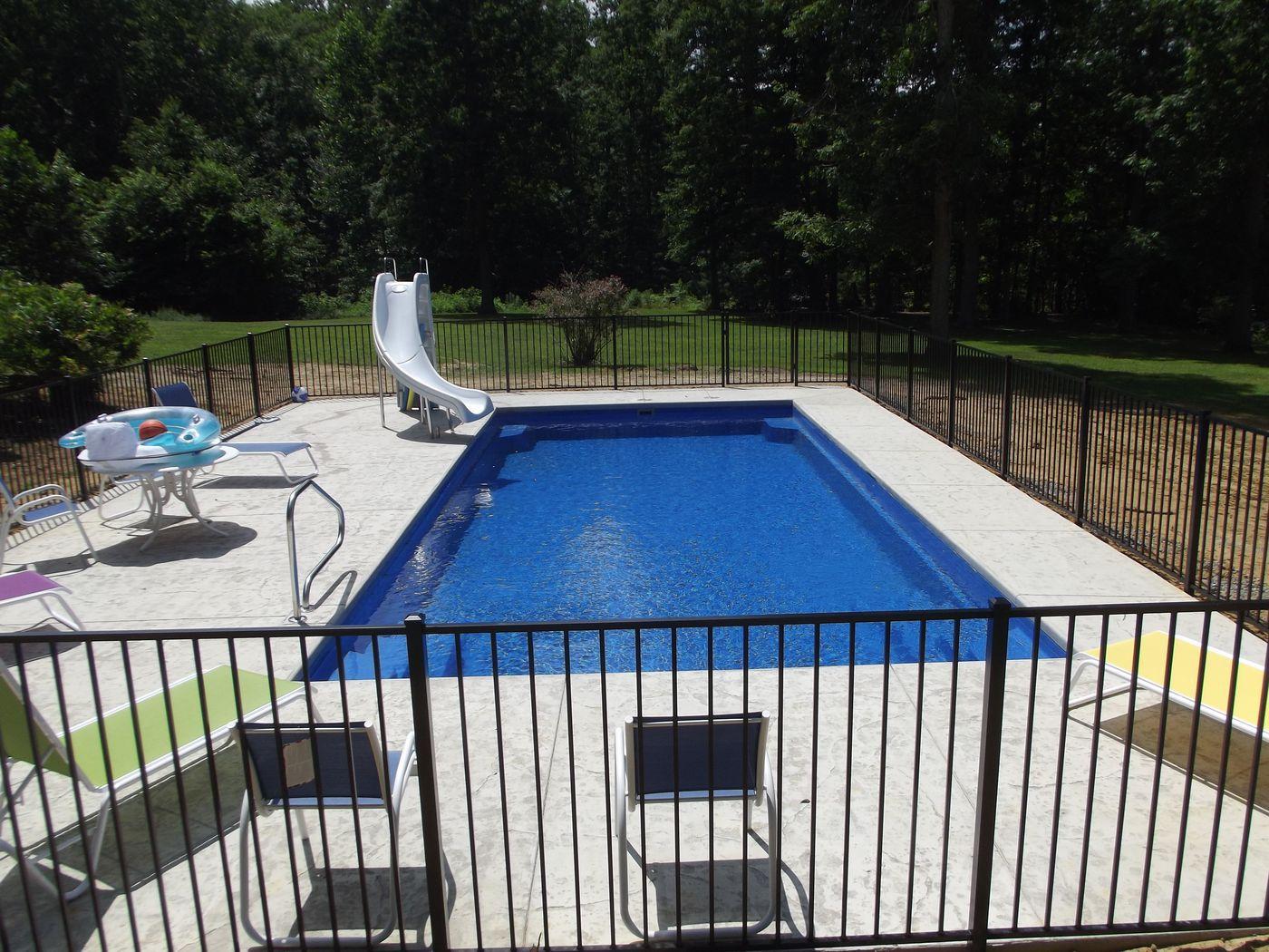 Fiberglass Pools Plus Concrete Vinyl And Above Ground