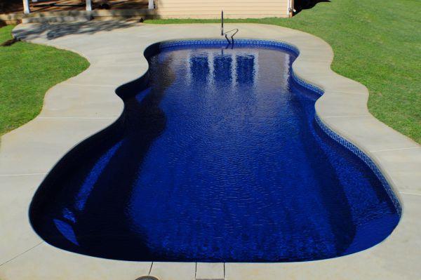 dsc 0345 1 resized 600 Fiberglass Above Ground Pools