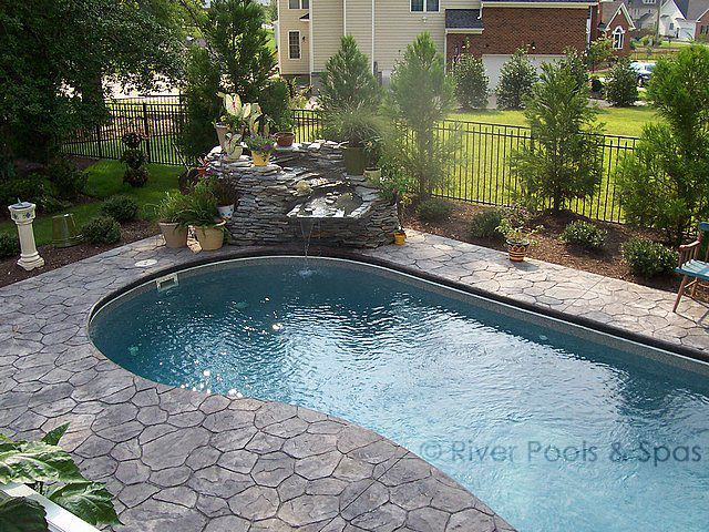 Swimming Pool Rock Features : Custom swimming pool water features