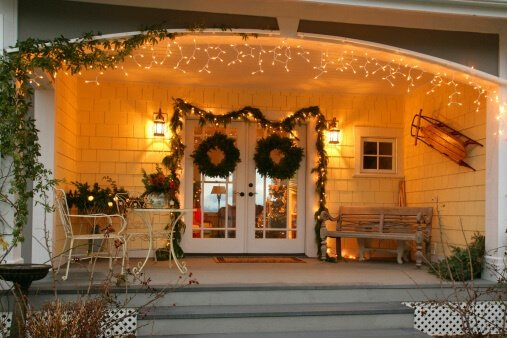 Eco-Friendly Holiday Decorating Tips to Save you Money