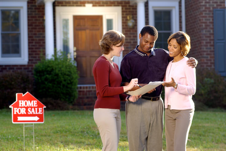 Why an Open House is Still the Way to Go for Sellers