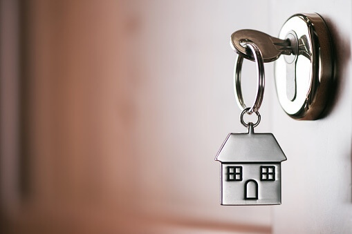 Is Hiring a Property Management Company Really Worth it?