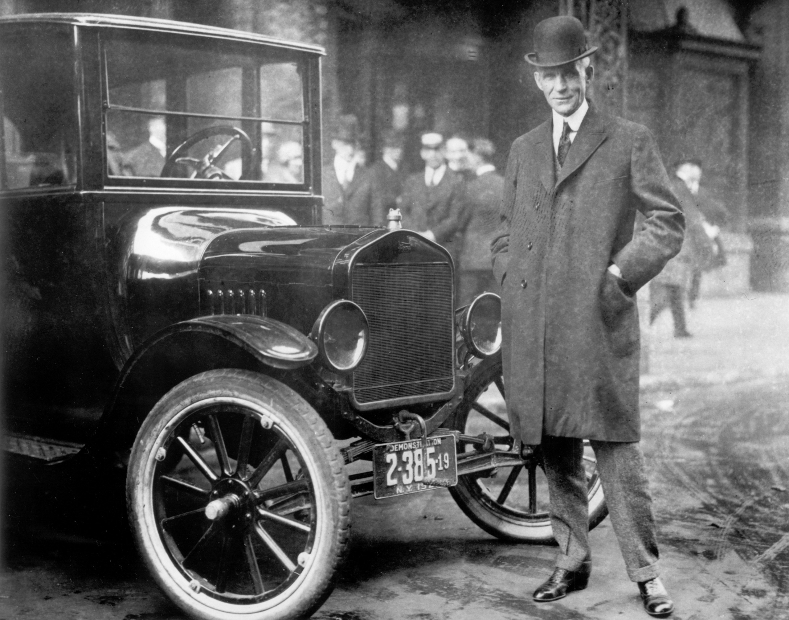 Henry Ford with a 1921 Model T