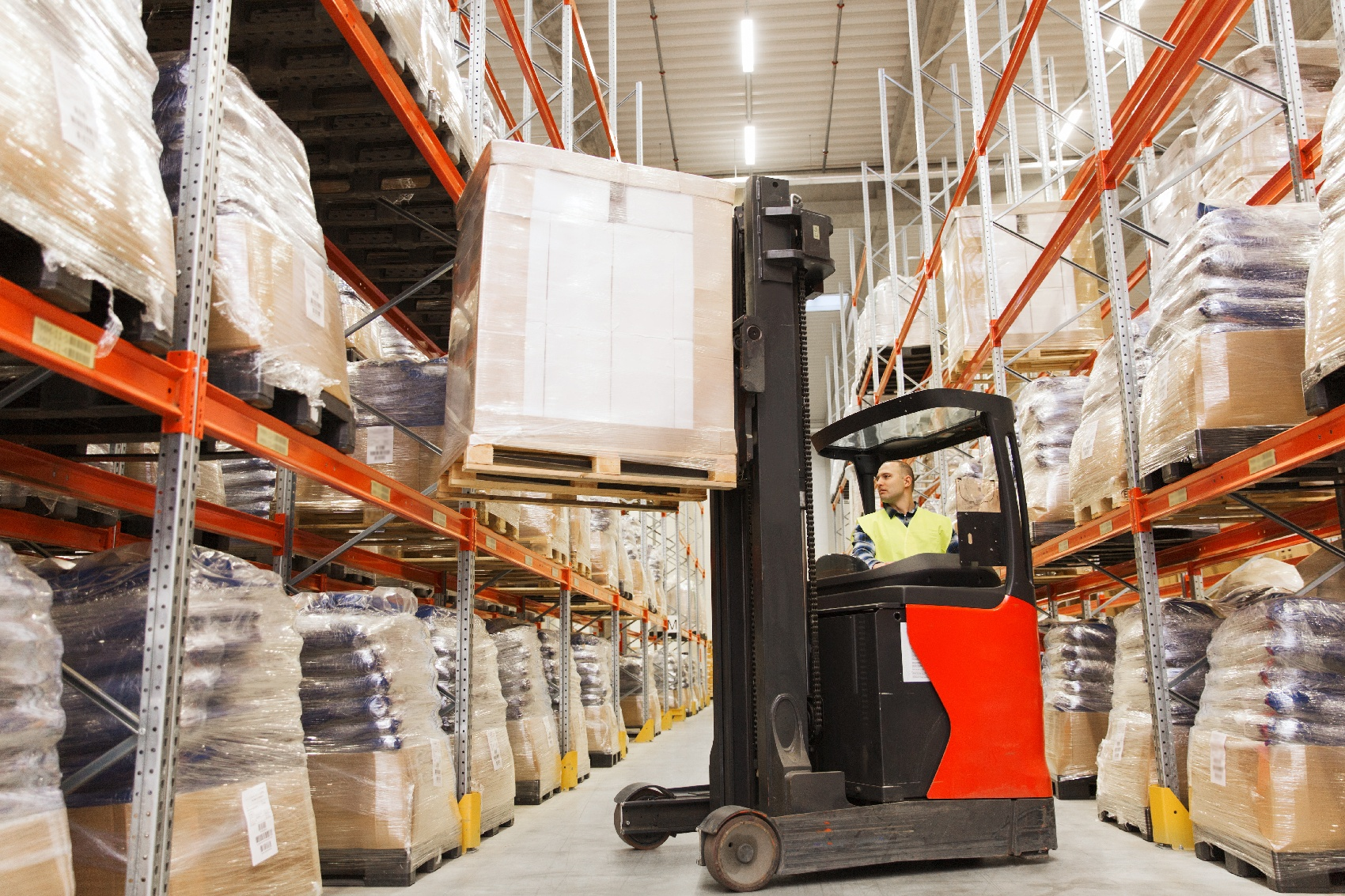 Electric Vs Gas-Fueled Forklifts
