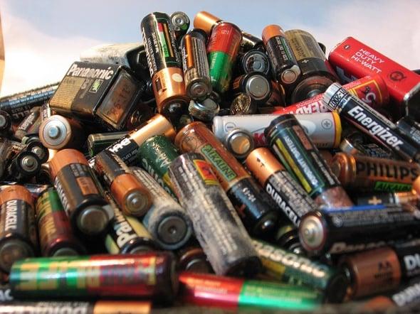 8 milioni di kg di pile e accumulatori portatili esausti raccolti nel 2013