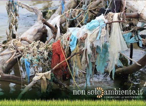 Emilia Romagna apripista nella lotta alle microplastiche nei mari