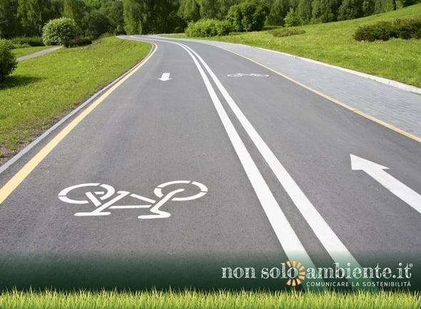 I benefici della bicicletta per combattere l'inquinamento urbano