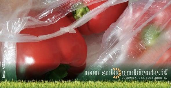 Sacchetti biodegradabili: un inutile costo o un beneficio necessario?