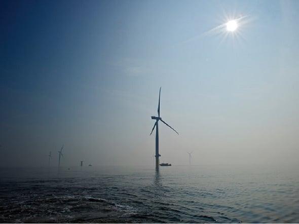 A proposito di eolico: London Array, il più grande parco offshore del mondo