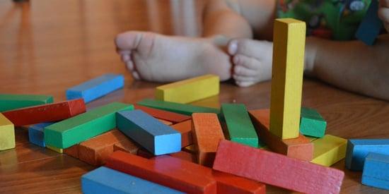 Regali di Natale per bambini: spazio ai giocattoli ecologici