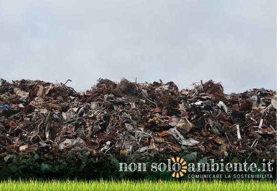 Biometano estratto dai rifiuti per alimentare i mezzi pubblici: primo possibile impianto a Napoli