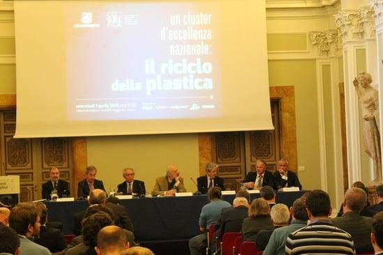 """Legambiente e Corepla: obiettivo """"Imballaggi in plastica zero in discarica al 2020"""""""
