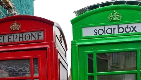 Londra, le cabine telefoniche diventano green