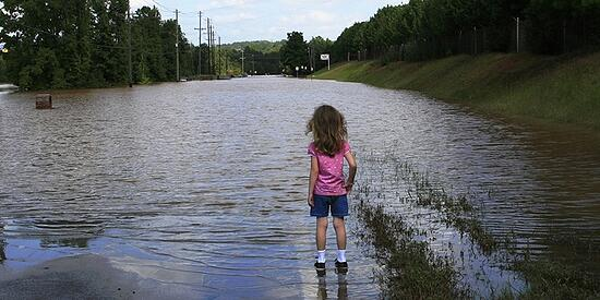 Migrazioni e cambiamento climatico, 157 milioni di persone in fuga dai disastri ambientali