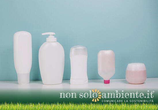 Microplastics: pollution behind cosmetics