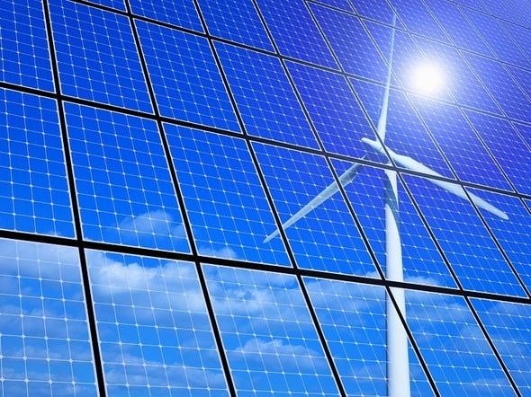 Rinnovabili: capacità installata raddoppierà entro il 2025