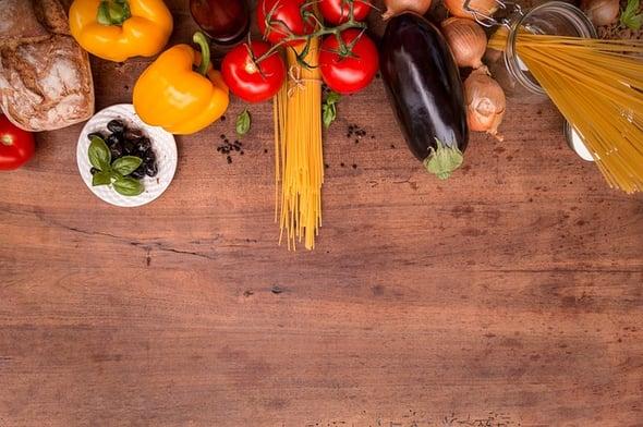 Spreco alimentare: che impatto ha sull'ambiente quello che mangiamo e quello che sprechiamo?